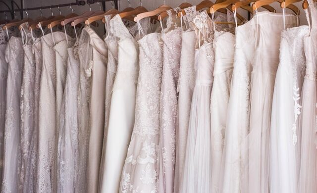 Szczególny dzień zasługuje na szczególne suknie ślubne